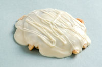 WHITE CHOCOLATE CARAMEL CASHEW PATTY